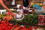 22_Colorful_daily_market_in_Diego_Suarez_or_Antsiranana