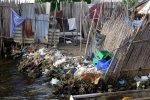 15_Garbage_everywhere_on_the_village_islands_(Paul_Axmann)