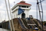 35_Finally_arrived_at_the_Miraflores_locks_(buchholz_Thomas)